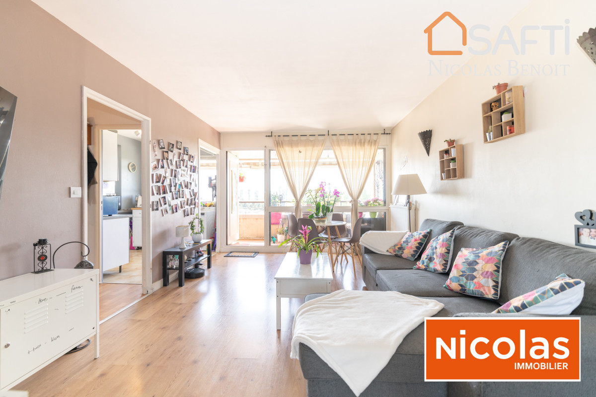 appartement NICOLAS - MASSY VILLAINE appartement 4 pièces en dernier étage