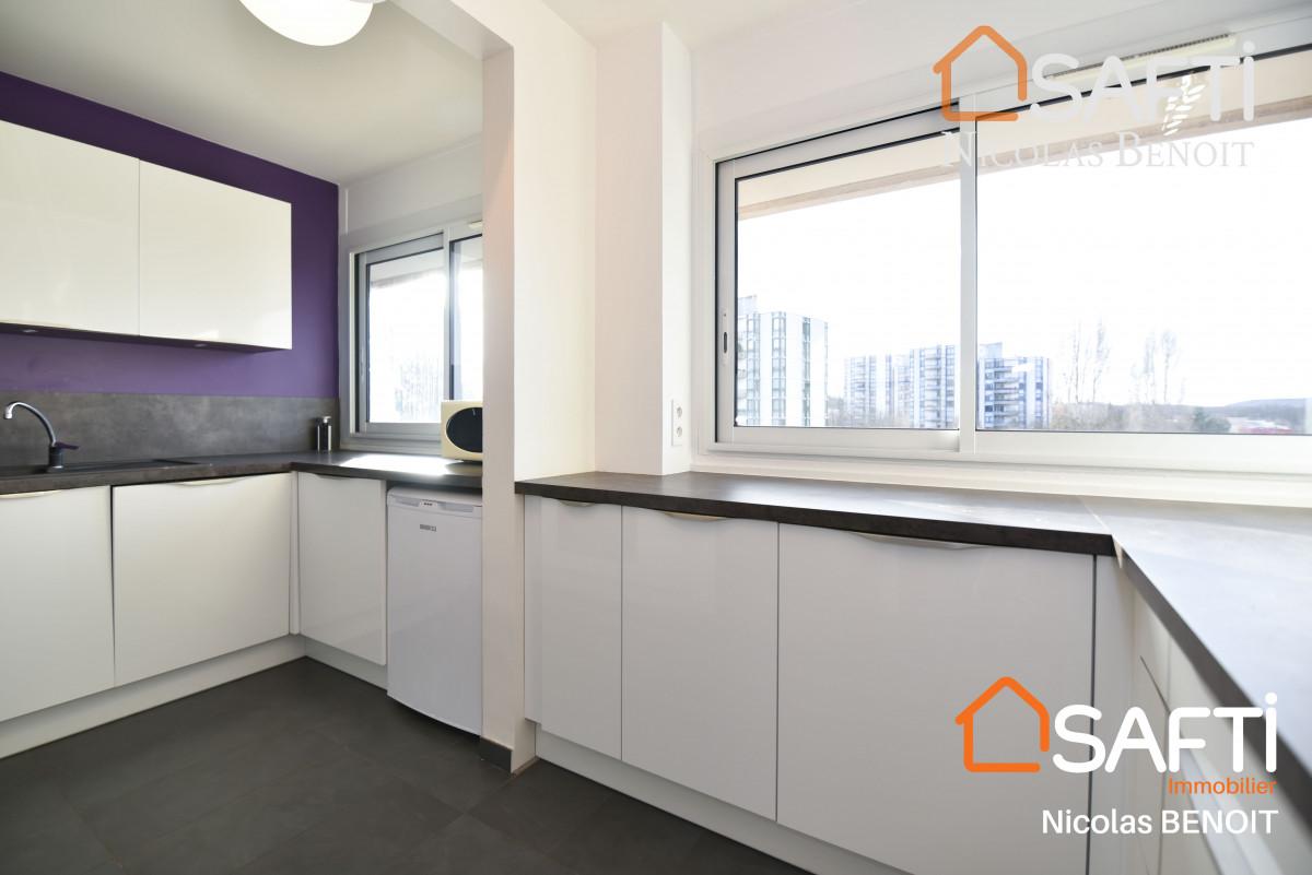 Massy appartement A proximité de la gare RER B Massy-Palaiseau, appartement 2 chambres avec balcon